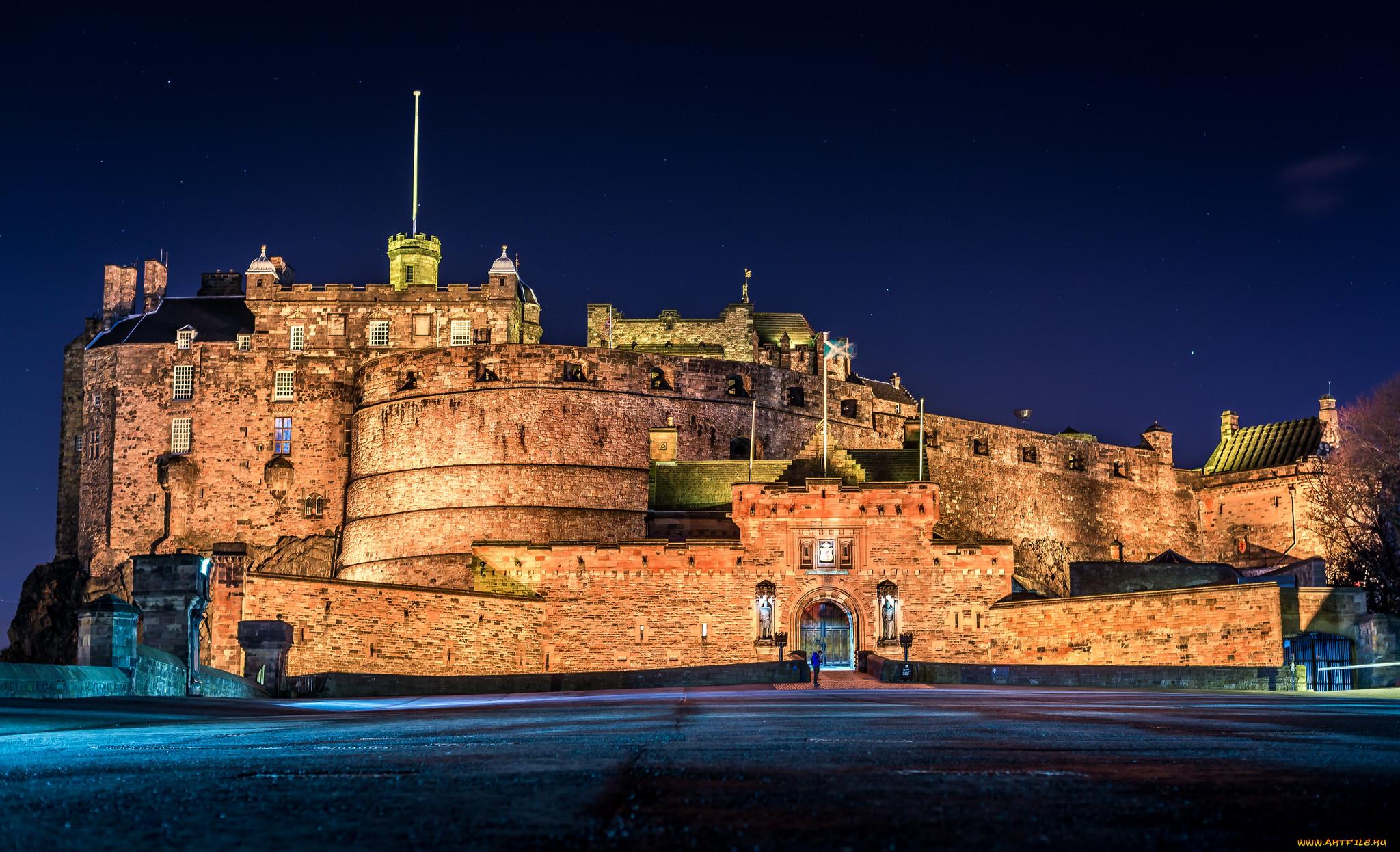 Картинки по запросу эдинбургский замок ночью